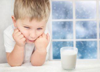 Can toddler drink milk when diarrhea?