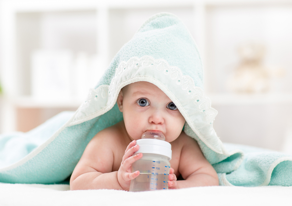 When Can Babies Drink Water And Juice