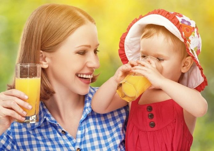Baby Feeding When Can Babies Drink Water and Juice min