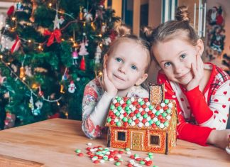 Different Ideas for Homemade Gifts from Toddlers to Grandparents