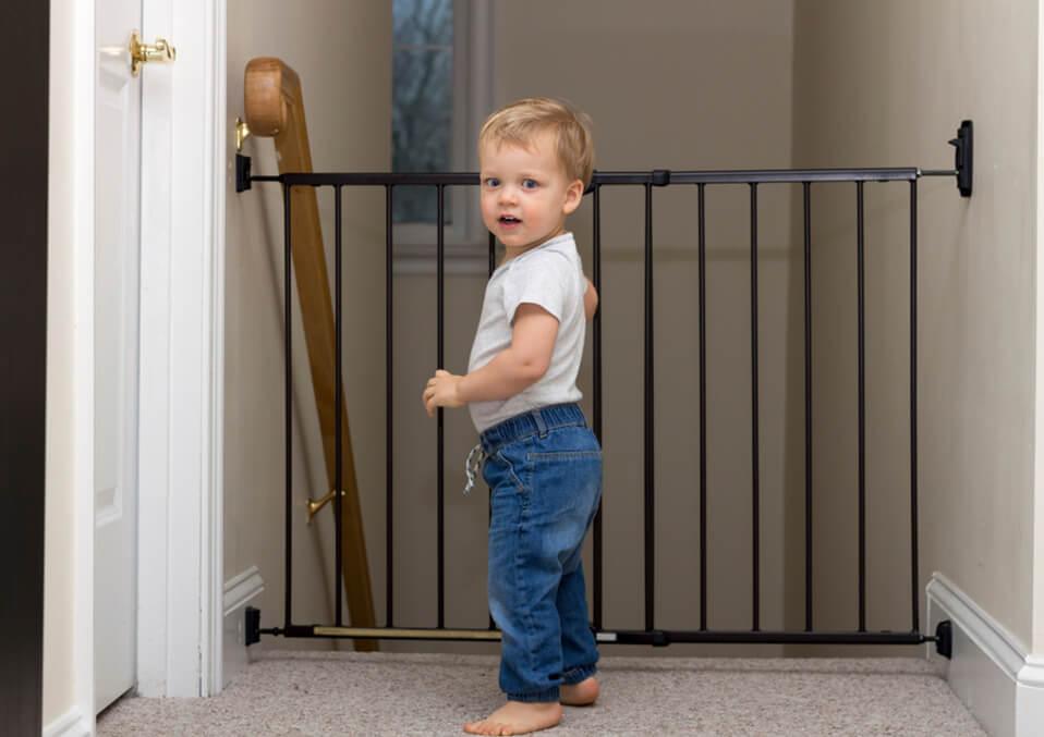 Easyas  Do It Yourself:BabyGateIdeasforStairs