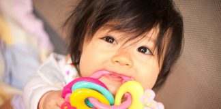 What Are The Best Teething Toys For Babies?