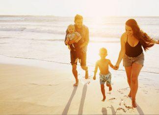 BeachEssentialsforBabiesYouShouldPackforYourNextTrip
